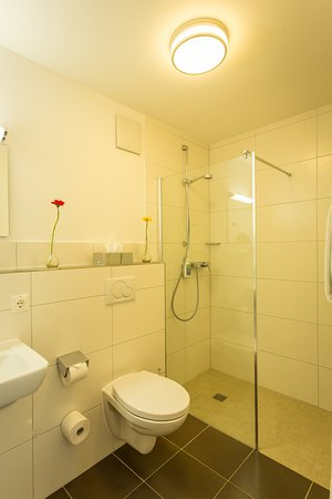 Ulmet, Alemanha: Badezimmer