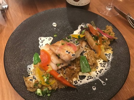 Atelier des Faures: Monk Fish with seasonal vegetables, light Asian spices