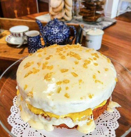 Rainbow Falls Tea House: Lemon Drizzle cake - everyones favourite!