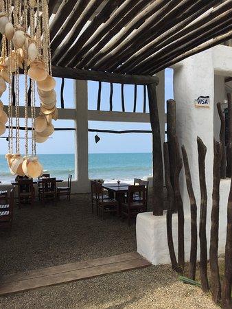 Canoas, Peru: Entrada del Restaurante