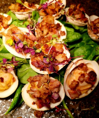 Colts Neck, NJ: Baked Clams
