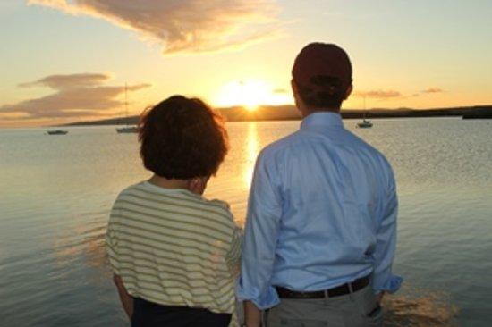 Kaunakakai, Hawái: カウナカカイ桟橋から眺めるサンセットの一時...