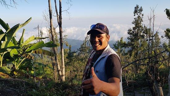 Wayan Darta Mount Agung Trekking Foto