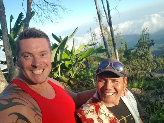 Wayan Darta Mount Agung Trekking: Me and Dartha