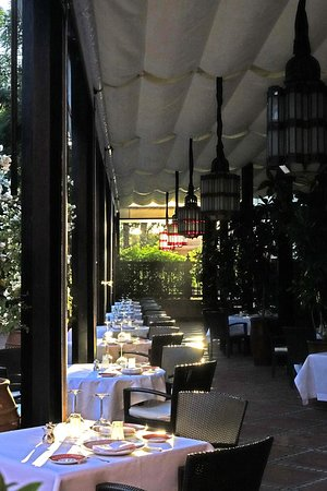La Mamounia: Clair obscur de la terrasse du restaurant