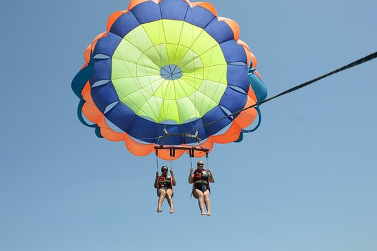 Parasailing Adventures Experience in Nusa Dua with the Best Team: Parasailing