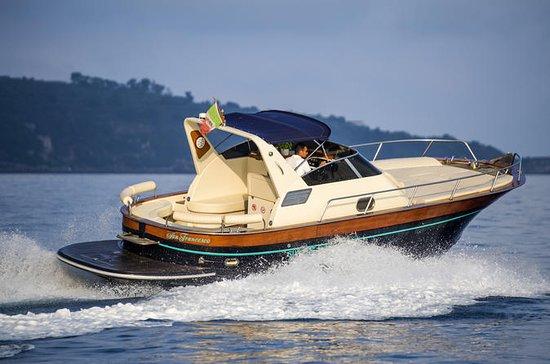 Tour privato in barca a Capri da