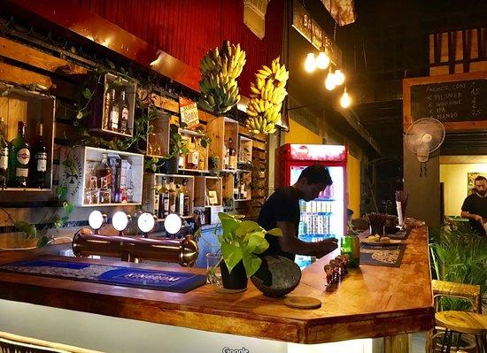 Ege Bar