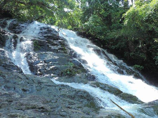 Barhouy Waterfall