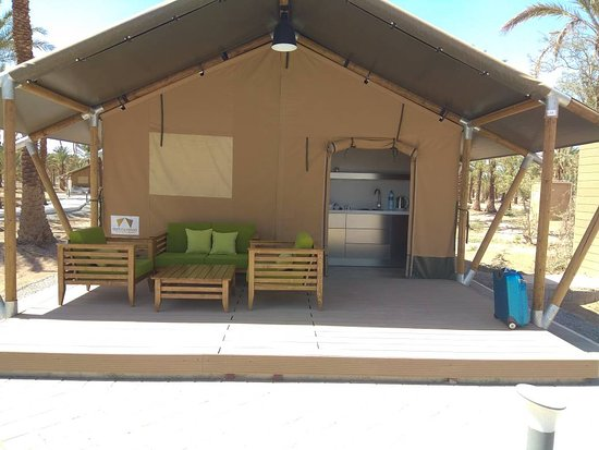 ‪מחוז קרמן, איראן: different accommodation in Lut desert, Lut Desert Eco Camp in Malekabad, Shahdad, near Kaluts‬
