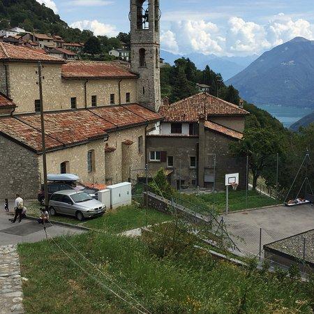 Monte Bre Photo