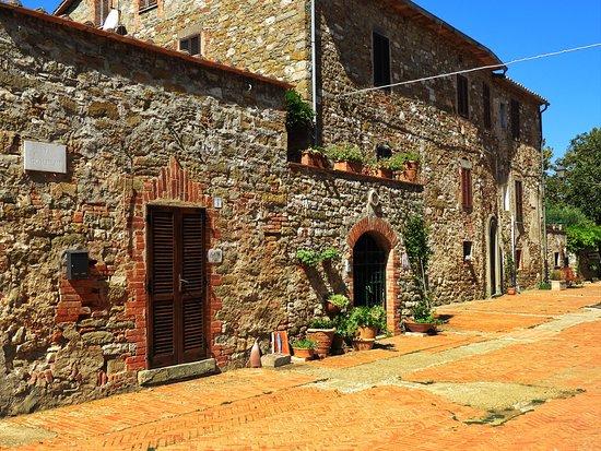 Isola Maggiore Photo