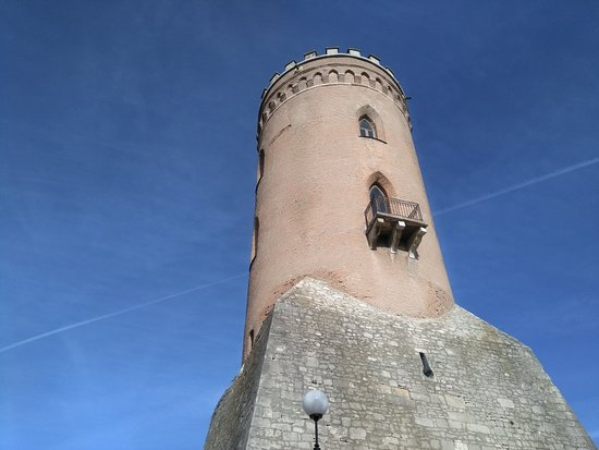 Chindiei Tower (Sunset Tower) Photo