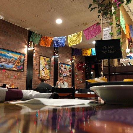 Mexico Lindo Deli Restaurant