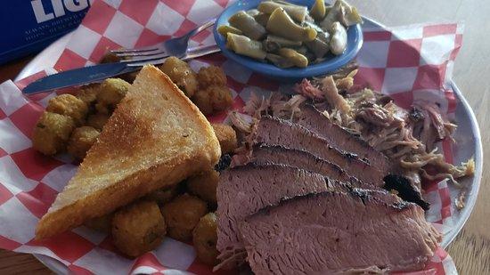 Judge Bean's BBQ Photo