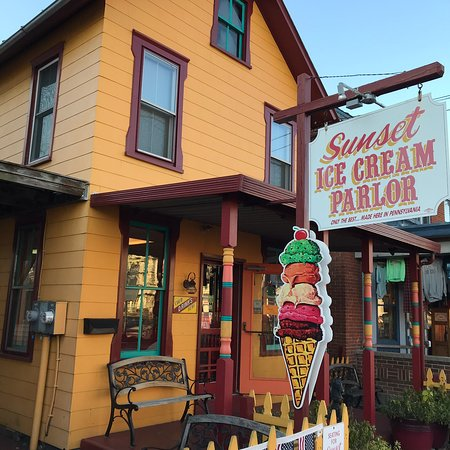 Sunset Ice Cream Parlor Photo