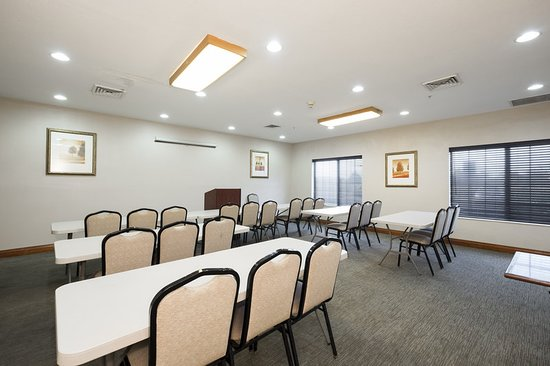 Matteson, IL: Meeting room