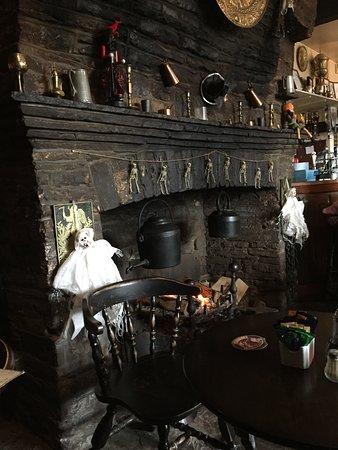 Llanvihangel Crucorney照片