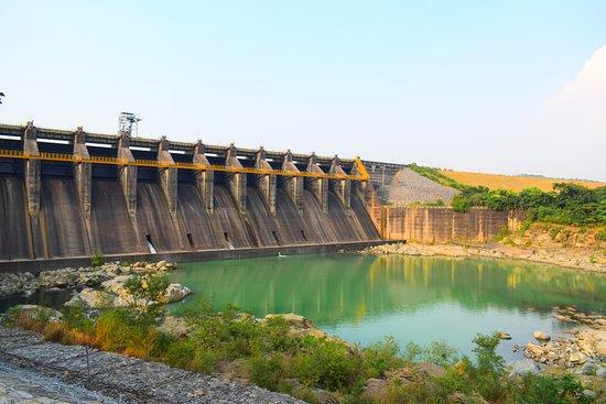 Maithan Dam