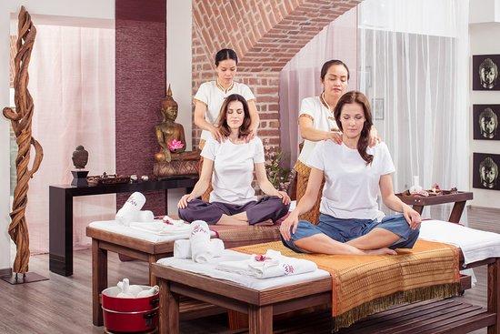 Lesber thai massasje