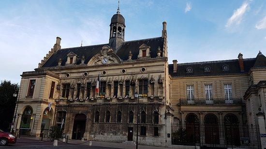 Hotel-de-Ville de Noyon