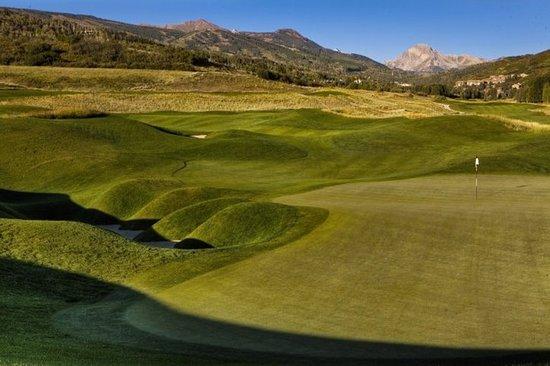 Top of the Village Condominiums, A Destination Residence: Golf course