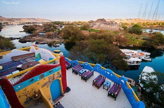 Aswan Governorate, Egypt: Such is a wonderful view from Gharb  sehyle in Aswan ;many things that you may enjoy  there  especially the picturesque view of the Nile.people are so kind & helpful there, It is definitely a place that you should visit ,you will enjoy so much