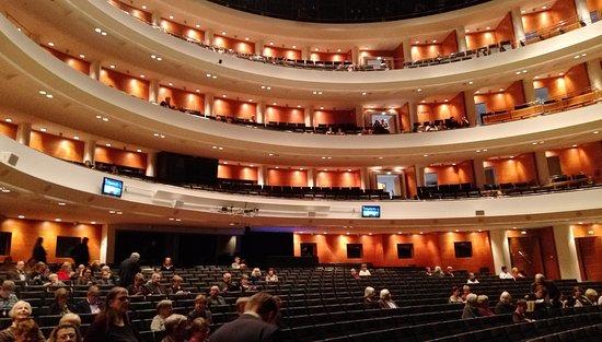 Finnish National Opera (Suomen Kansallisooppera)