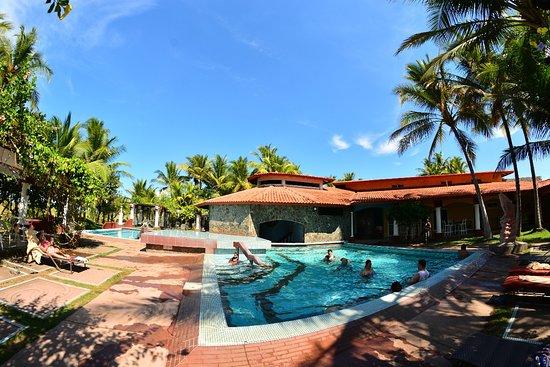 David, Panama: Relájate y diviértete mientras disfrutas de nuestras piscinas
