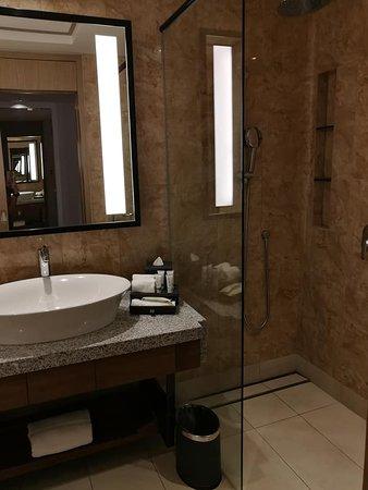 Shower room with no bath tub for executive room