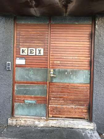 Kex Hostel Restaurant: Front door