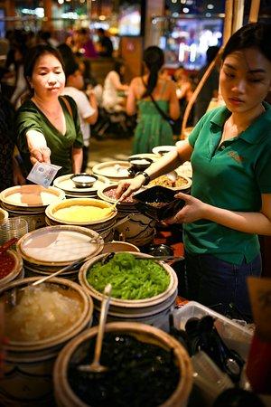 """Vietnamese sweet soup or """"Chè"""""""