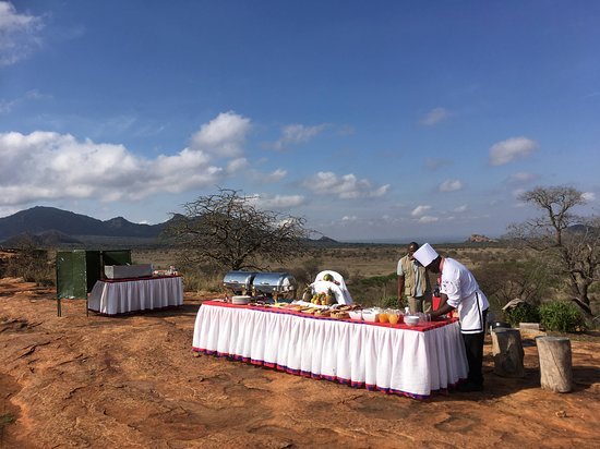 Champagne breakfast on Lion Rock - an unforgettable experience!!
