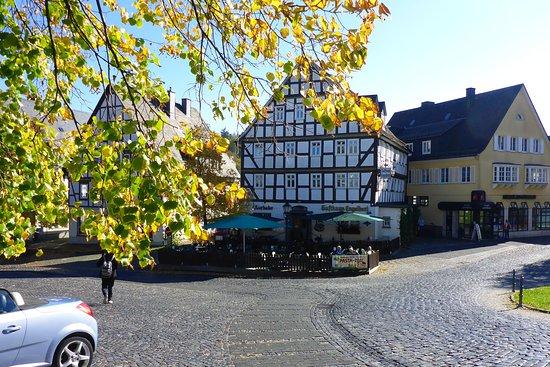 Hilchenbach, Germany: Sehr empfehlenswert. Gutes Essen. Freundliches Personal.