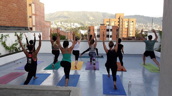 Ivy laureles Coworking, Massages, Yoga & Wellness Medellin