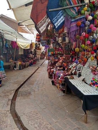 Pisac Market Image