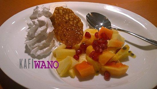 Niederweningen, Swiss: Leckere Desserts...