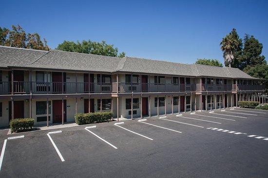 Entrance - Picture of Alura Inn, San Jose - Tripadvisor