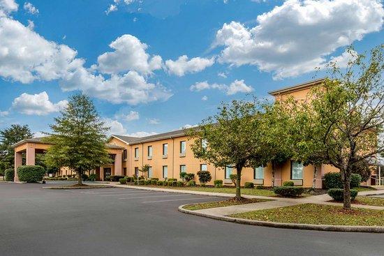 Benton, Kentucky: Hotel exterior