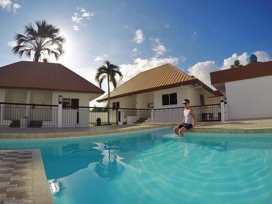 Pool - Picture of Heartland Hotel Serviced Rooms & Apartments, Panglao Island - Tripadvisor