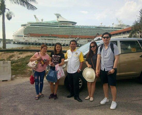 Boustead Cruise Center