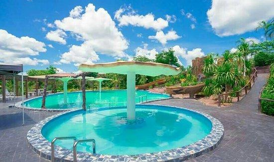 Alongkorn Farm and Resort