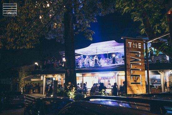 The Pallet Poblacion Makati Restaurant Reviews Amp Photos