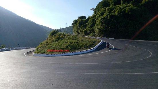 Ridefreecycle Motobike Tours & Car Trips