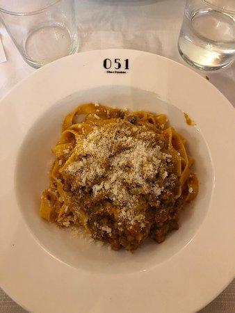 051 Piazza Maggiore: Tagliatelle al ragù
