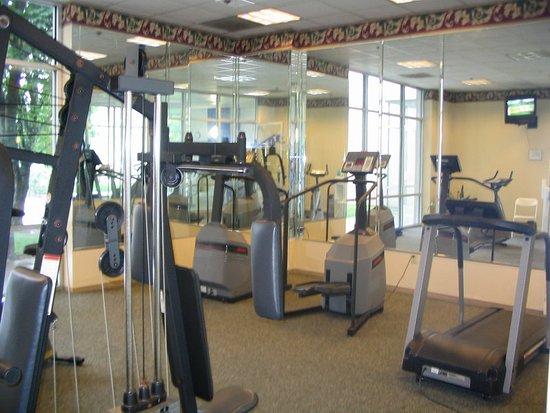 Piscataway, NJ: Health club