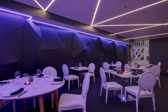 Restaurant Le Xvi Xvi Le 1616 Montreal Ville Marie