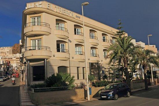 Hotel El Trebol Photo