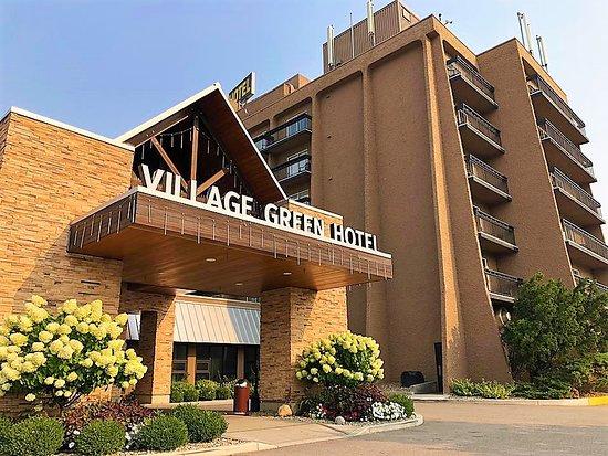 Dragon Village Green Hotel Complex