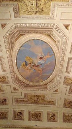 Palazzo Milzetti Museo Nazionale dell'eta Neoclassica in Romagna: Particolare di un soffitto .
